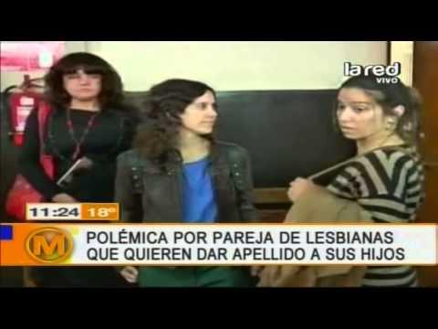 Polémica por pareja de lesbianas que quieren dar apellido a sus hijos