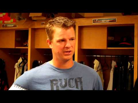 Matt Cain on pitchers hitting and the Giants working with Barry Bonds