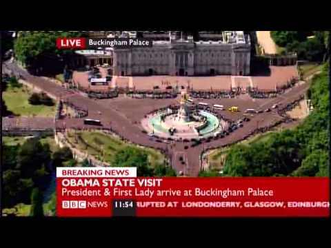 President Obama meets Queen Elizabeth II at Buckingham Palace