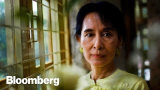 How Suu Kyi Went From Political Prisoner to Leader - BLOOMBERG