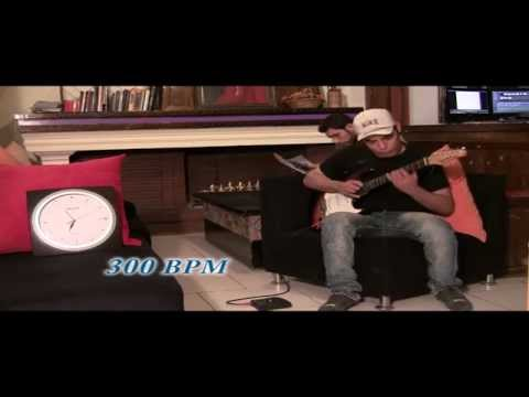 worlds-fastest-guitar-player-2013-4000 bpm-sasan