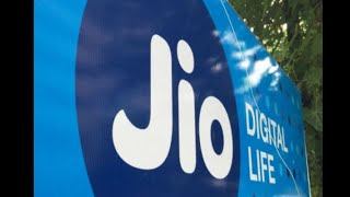 In Graphics: Jio launches JioFootball offer, upto 2200 cashback on new smartphone - ABPNEWSTV