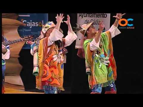 Sesión de Cuartos de final, la agrupación Los del puntazo en el coco actúa hoy en la modalidad de Chirigotas.