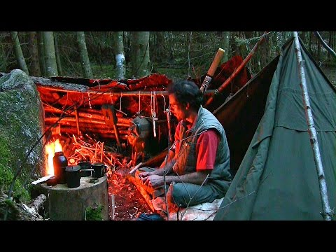 Journal of the Woodsman Day 3 - Back to the roots, Handdrill fire, Cooking Asparagus