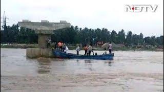 आंध्र प्रदेश : ईस्ट गोदावरी में नाव डूबी, 7 लापता, 26 लोग बचाए गए - NDTVINDIA