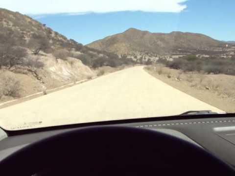 Estrada de Potozi a Tupiza na Bolívia, via Vitichi. (Ruta I-14 ou Ruta 317)