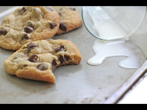 Soft n Chewy Gluten-Free Chocolate Chip Cookies
