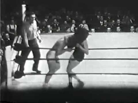 Womens Wrestling Mae Weston vs Mildred Burke 1950s