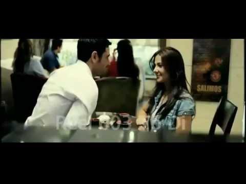 بوسة دنيا سمير غانم ل احمد عز من فيلم 365 يوم سعادة