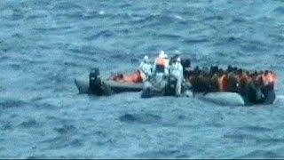 المفوضية العليا للاجئين تخشى من غرق سفينة ليبية بالبحر المتوسط