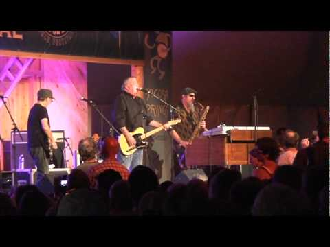 Los Lobos at 2011 Four Corners Folk Festival in Pagosa Springs -9-fP8U_s6rk