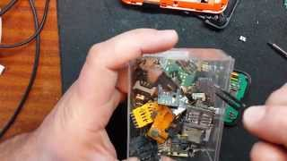 Motorola Defy mini..быстрый ремонт слота сим карты