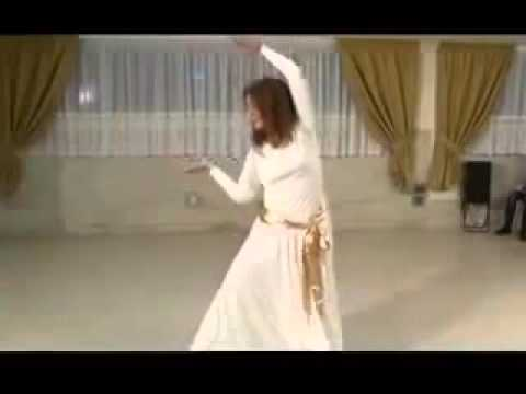 A beautiful Iranian dance with Iranian Classic music