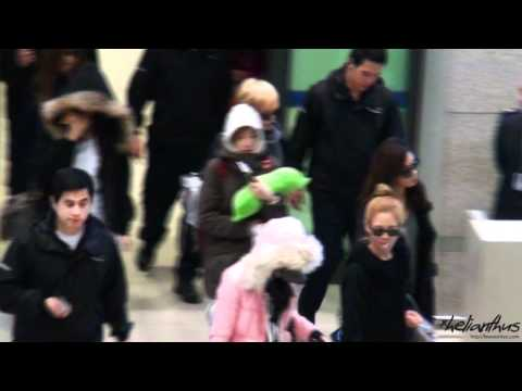[Fancam] 111211 Sunny Airport by helianthus