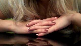 ASMR Успокаивающее видео— Нежный шепот прекрасной девушки