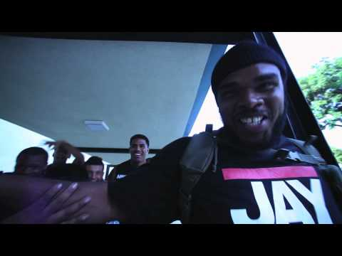 BISHOP LAMONT ft. SNEAKAS & MYKESTRO: