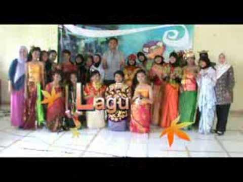 Paduan Suara SMP Negeri 18 Surabaya (Lagu Rek Ayo Rek)