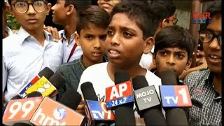 Students And Parents Protest At Dr KKR Gowtham School | Hyderabad | CVR NEWS - CVRNEWSOFFICIAL