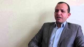 الخريج عبد الله العضايلة يتحدث عن تجربته في معهد الإعلام الأردني