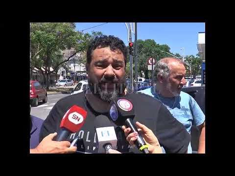 Protesta de taxistas en 25 de Mayo y Bulevar