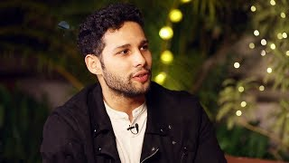 "Siddhant Chaturvedi: ""Ranveer Singh messages me- Jaldbaazi mein kuch bhi sign mat kar""
