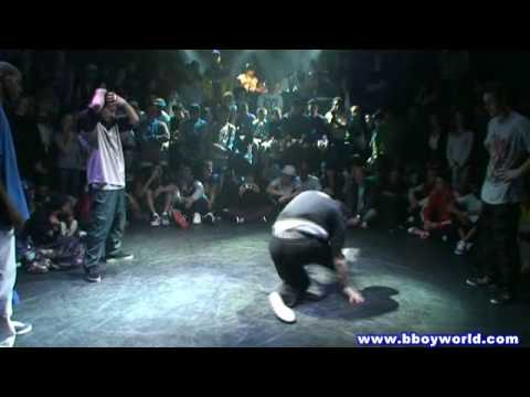 KMEL & FLEAROCK vs TEAM SHMETTA (FLOW ONE THREE 2009) WWW.BBOYWORLD.COM