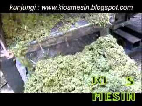uji coba mesin perajang, pencacah, penggiling, penghancur  rumput, alang   alang, jerami ( chooper )