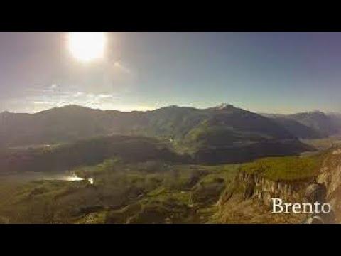 BASE jumping. Brento