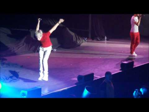 Niall Horan's jump