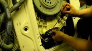 Как достать предметы из стиральной машины