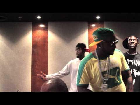 Young Jeezy - Run D MC ft. Freddie Gibbs (In Studio)