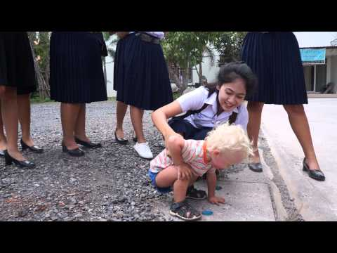 Thai Surat Thani school girls and Roma part 5