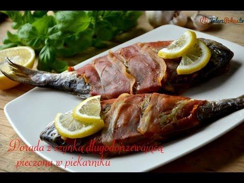 Dorada z szynką długodojrzewającą pieczona w piekarniku - TalerzPokus.tv