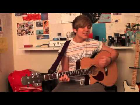 Diamonds - Rihanna (Acoustic Cover) by Daniel J -9frZQhhrszQ