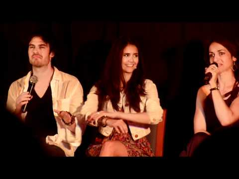 Ian Somerhalder &amp; Nina Dobrev at the Mystic Love Convention !
