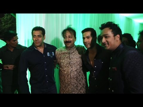 Salman Khan At Baba Siddique's Iftaar Party