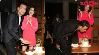 Manoj Bajpayee celebrates his 50th birthday with friends from Bollywood & more - ZOOMDEKHO