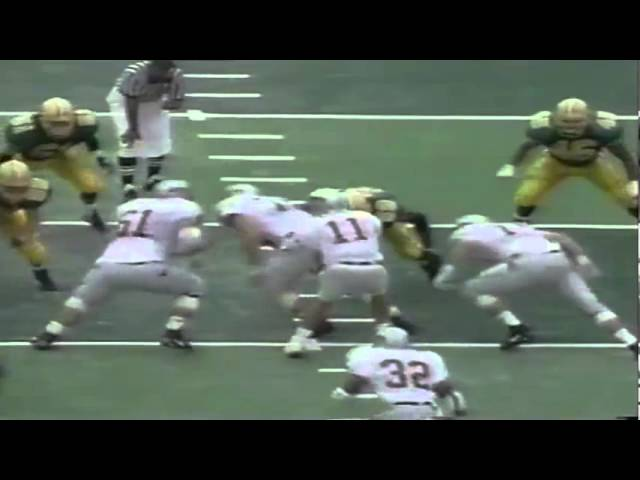 Oregon LB Joe Farwell stuffs WSU RB Shaumbe Wright-Fair 9-07-1991
