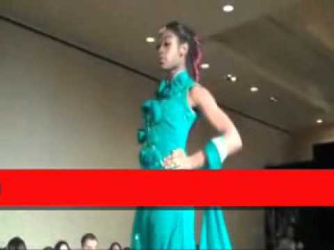 Pakistani Trendy Dresses Fashion Show.wmv