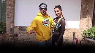 #BollywoodNews :  मस्ती करते दिखे श्रद्धा कपूर    व वरुण धवन