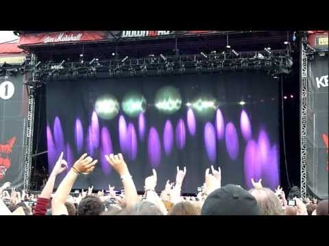 Black Sabbath - Intro &amp; Black Sabbath (Live - Download Festival, Donington, UK, June 2012)