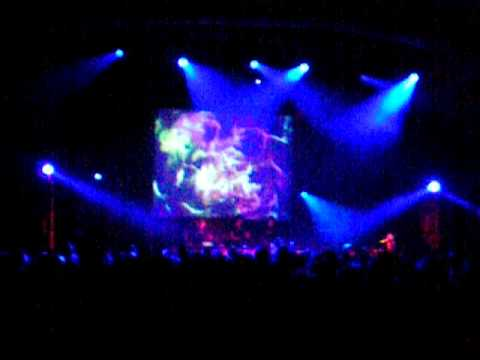The Glitch Mob live