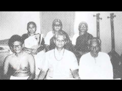 Dr. Sripada Pinakapani - Raagam Pantuvarali - Shambomahadeva