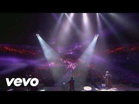 Kasabian - Underdog (NYE Re:Wired at The O2)