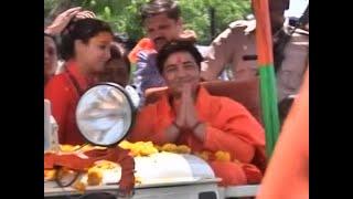 Sumit Awasthi Tonight: Pragya Singh Thakur obligates Indians to say 'Vande Mataram' - ABPNEWSTV