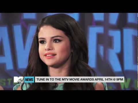Selena Gomez Interview on MTV Movie Awards Performance of &quot;Come &amp; Get It&quot; &amp; New Music