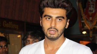Arjun Kapoor Watches 2 States With Audience - THECINECURRY