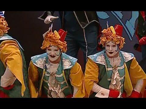 Sesión de Semifinales, la agrupación El circo del sol actúa hoy en la modalidad de Coros.