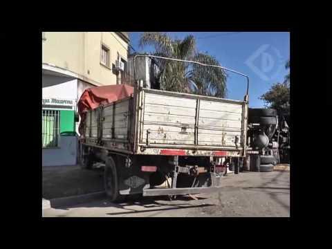 Violento choque de camiones en San Jerónimo y Quintana