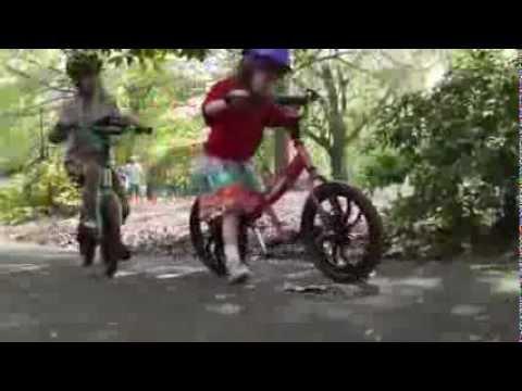 Hướng dẫn dạy trẻ cách đi xe đạp cân bằng Phần 1